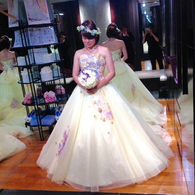 横浜ベイホテル東急 新作カラードレス小物合わせ ウェディング