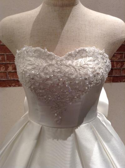 4e9cd689454c8 スカートにエアリー感もあるので、可愛らしさ・華やかさを演出したい方にお勧めです。